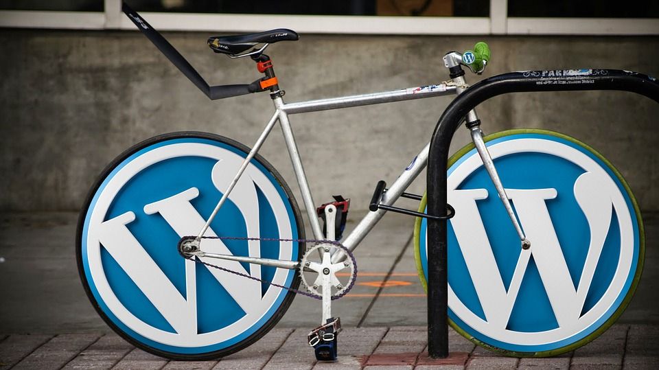 compare joomla and wordpress